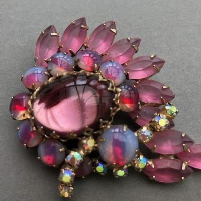 1950s Pink Brooch