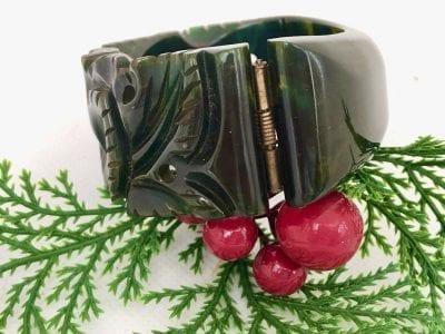 1940s Green Bakelite Clamper